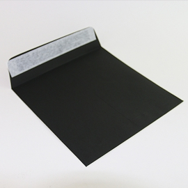 Pochette carrée noire 220 X 220 mm