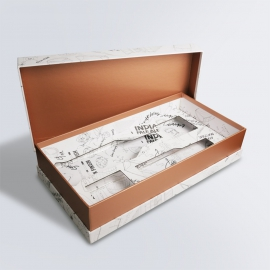 Boîte à gorge avec cale carton